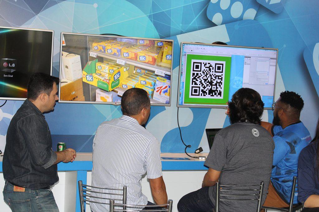 Demonstração de soluções Hybrid Software na ExpoPrint